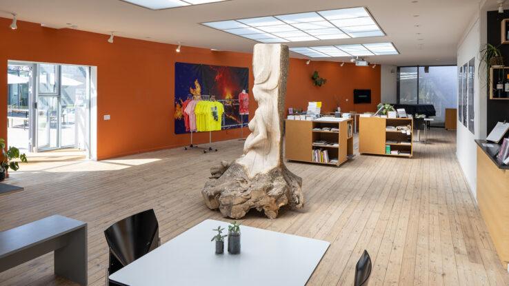 Installation view café-area Kunsthal Aarhus Ditte Gantriis Piscine Leviathan